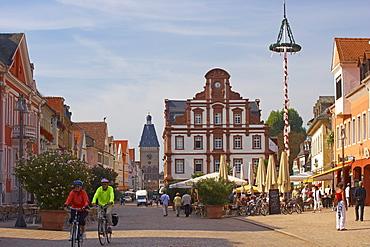 Maximilian street and Altpoertel (town gate), Speyer, Rhineland-Palatinate, Germany, Europe