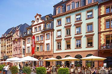 Old houses at the Markt, Market Place, Mainz, Rhenish Hesse, Rhineland-Palatinate, Germany, Europe