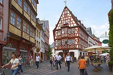 Half-timbered house near Kirschgarten, Old City, Mainz, Rhenish Hesse, Rhineland-Palatinate, Germany, Europe