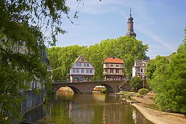 House on bridge, Old bridge over the river Nahe, St. Paulus, Church tower, Bad Kreuznach, Nahe, Rhenish Hesse, Rhineland-Palatinate, Germany, Europe