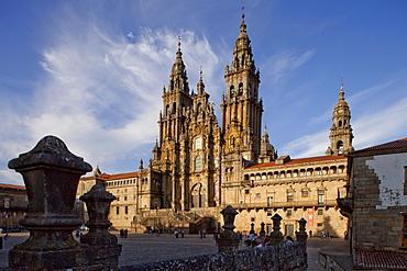 Cathedral of Santiago de Compostela, Plaza Obradoiro, Camino Frances, Way of St. James, Camino de Santiago, pilgrims way, UNESCO World Heritage Site, European Cultural Route, province of La Coruna, Galicia, Northern Spain, Spain, Europe