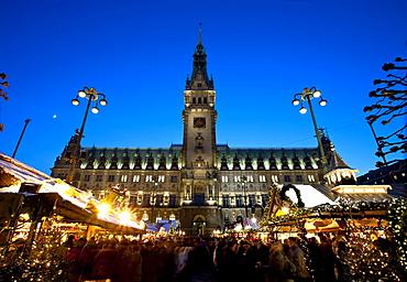Christmas market near city hall, Hamburg, Germany