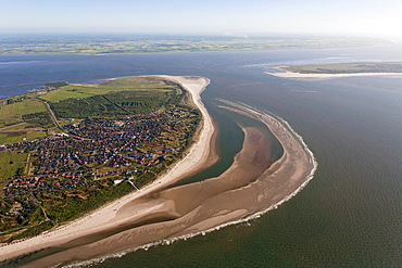 Aerial of North Sea island, Spiekeroog and mainland in background, Lower Saxony, Germany