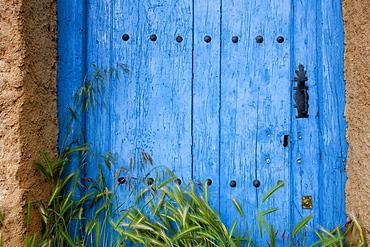 Old blue door, Castrillo de los Polvazares, Province of Leon, Old Castile, Castile-Leon, Castilla y Leon, Northern Spain, Spain, Europe