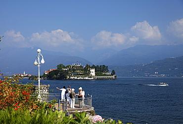 Tourists, view over Borromean Palazzo, Isola Bella, Stresa, Lago Maggiore, Piedmont, Italy