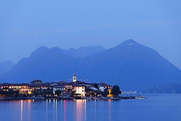 View over Isola dei Pescatori at night, Stresa, Lago Maggiore, Piedmont, Italy