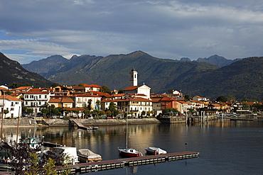 Pier, view over Feriolo, Lago Maggiore, Piedmont, Italy