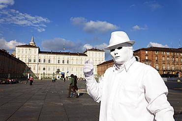 Artist, Palazzo Reale, Piazza Castello, Turin, Piedmont, Italy