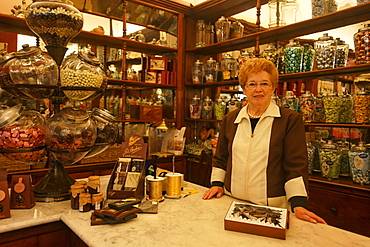 Pasticceria Barbero, Sales assistant, Chocolate Shop, Bra, Piedmont, Italy