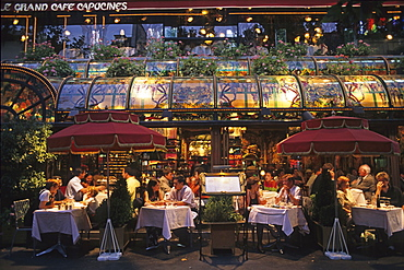 Grand Cafe Capucines in the evening light, typically French restaurant, 9e Arrondissement, Paris, France