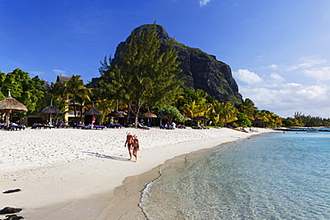 Beach and Le Morne Brabant mountain in the sunlight, Beachcomber Hotel Paradis & Golf Club, Mauritius, Africa