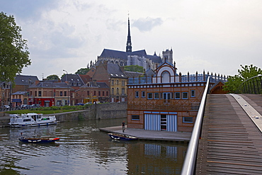 View over Port d'Amont with PÈnichette; and old city and Notre-Dame cathedral and boathouse of Amiens rowing-club, Amiens, Dept. Somme, Picardie, France, Europe