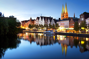 View over the Trave river to the old town of Luebeck with St Mary¥s church, Hanseatic city of Luebeck, Baltic Sea, Schleswig-Holstein, Germany