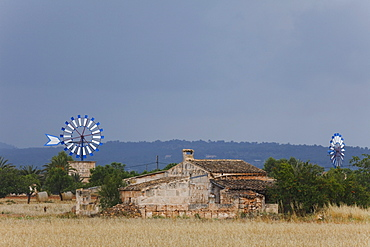 Wind wheel, wind wheels, cottage, near Campos, Mallorca, Balearic Islands, Spain, Europe