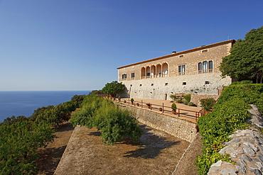 Son Marroig manor at the coast in the sunlight, Tramuntana mountains, Mallorca, Balearic Islands, Spain, Europe