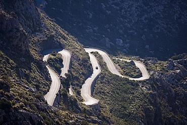 Oldtimer on Serpentines of Sa Calobra Mountain Road, Rally Classico Isla Mallorca, near Cala de Sa Calobra, Mallorca, Balearic Islands, Spain