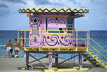Lifeguard hut on the beach, Miami, Florida, USA, America