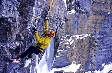 Evgeny Krivosheitsev climbing Pilsner, M8, Mixed Climbing, ice climbing, Golden Area, Banff National Park, Alberta, Canada