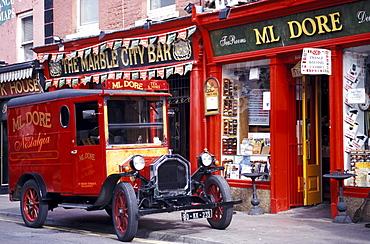 Oldtimer in front of the Ml Dore Shop, Kilkenny, Co. Kilkenny, Ireland