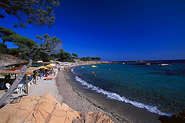 Beachside cafe at the Plage de Palambaggio, east coast, near Porto-Vecchio, Corsica, France