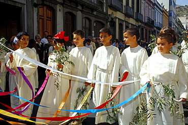 Children at the Palm sunday-Prozession through the old town, Las Palmas, Gran Canaria, Canary Islands, Spain