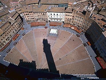 Torre del Mangia, Piazza del Campo, Siena, Tuscany, Italy