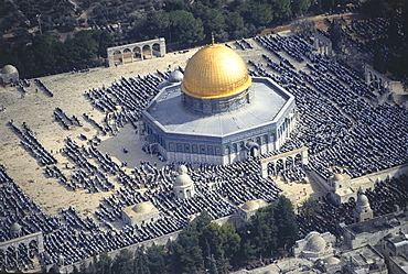 Aerial photo, Friday Prayer at the Dome of the Rock, Ramadan, Temple Mount, Jerusalem, Israel