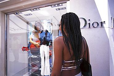 Young woman shopping on Boulevard de la Croisette, Shopping, Cannes, Cote d'Azur, France