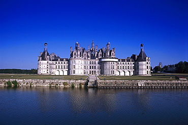 Hunting Lodge Chateau de Chambord with pond, Indre et Loire, France