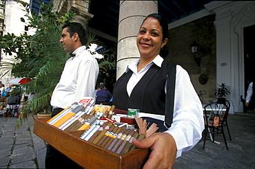 Cigar Seller before El Patio, Havanna, Cuba, Greater Antilles, Antilles, Carribean, Central America, North America, America