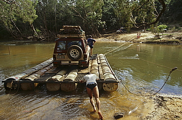 Wenlock River Crossing, barge river crossing, Telegraph Track, Cape York Peninsula, Queensland, Australia