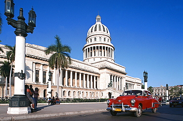 Taxi, Oldtimer, Capitoli Nationali, Havanna, Cuba, Greater Antilles, Antilles, Carribean, Central America, North America, America