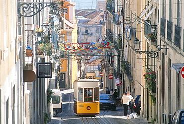 Cablecar Elevador da Bica, Bica, Lisbon, Portugal