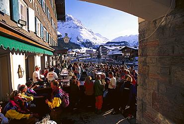 Apres ski at Tannberger Hof, Lech, Vorarlberg, Austria