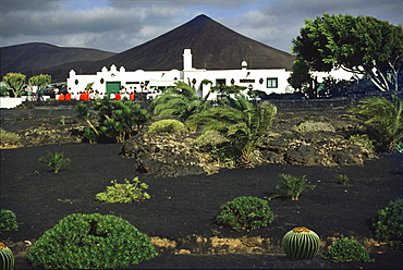 CÈsar Manrique house in front of a volcano, Lanzarote, Canary Islands, Spain, Europe