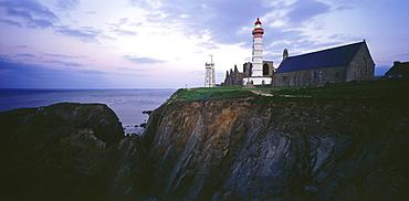 Leuchtturm, Pointe de St. Mathieu, Brittany, France00057140