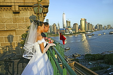 Bride and groom, Peace Hotel, White wedding, view above Pudong and river