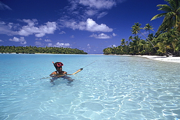 Spearfishing near One Foot Island, Aitutaki, Cook Islands