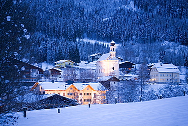 View over Flachau with church in the evening, Flachau (927 m), Salzburger Land, Austria