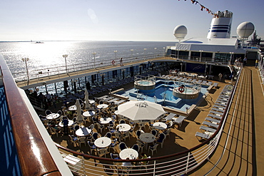 sun deck, jogging path, cruise ship MS Delphin Renaissance, Cruise Bremerhaven - South England, England