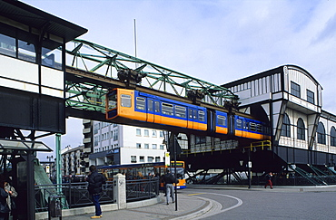 Europe, Germany, North Rhine-Westphalia, Cable railway station Oberbarmen, [full name is the Eugen Langen Monorail Suspension Railway]