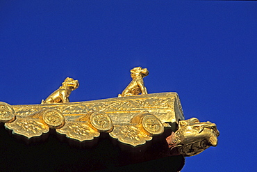 Roof of Copper Hall, symbolic animal decoration, Xian Tong Temple, Monastery, Wutai Shan, Five Terrace Mountain, Buddhist Centre, town of Taihuai, Shanxi province, China
