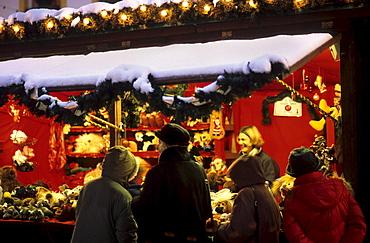 Christmas fair in Schleching, Chiemgau, Upper Bavaria, Bavaria, Germany