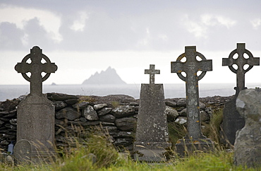 View to Skellig Michael from old cemetery St. Finian's Bay, Ring of Kerry, Ireland, Europe