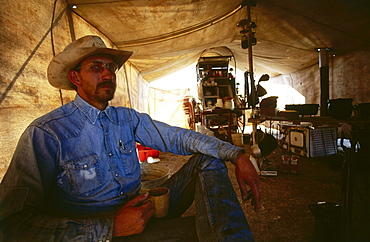 Cowboy Ted Embry, Chuckwaggon, Koch, LX Ranch, TX, USA