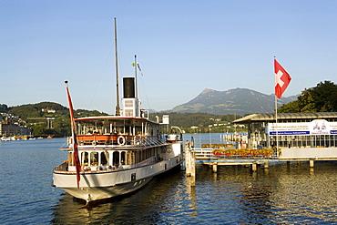 Paddle Wheel Steamer DS Unterwalden on Lake Luzerne at Bahnhofsquai (ship station), Lucerne, Canton of Lucerne, Switzerland