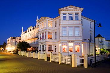 Usedom, Ahlbeck, promena, Hotel twilight