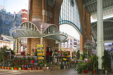 Mercado de Colon, opened in 1916, 2003 refurbished with cafes, Valencia, Spain