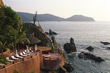 Small luxury hotel, La Casa que canta, Zihuatanejo, Guerrero, Mexico, America