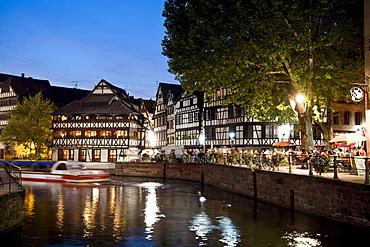 Restaurant Maison de Tanneurs in the evening light, Petite France, Strasbourg, Alsace, France